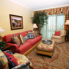 Traditional Living Room by Interior Styles, Inc.