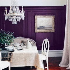 traditional  Purple dining room by dominomag