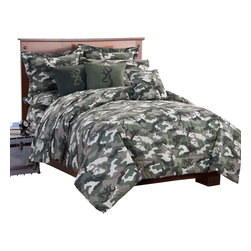 Browning - Browning Buckmark Camo Green Comforter Set AND Matching Sheet Set, Full - Give your room a cool, masculine hunter look decorating it with this Browning  Camo Green comforter & sheet set. Green Browning Buckmark Camo design throughout. Your bedroom will look so cool with this Browning comforter set!  Made of cotton/polyester blend. Turn any bedroom or bathroom into an outdoor themed hunter's haven with this comfortable, visually striking collection featuring one of the top names in hunting.