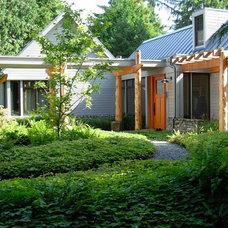 Rustic Landscape by SHD Landscape Architecture