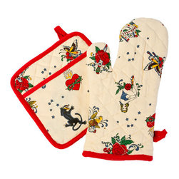 Sin in Linen - Flash Tattoo Oven Mitt and Potholder Set - Wear your tattoos without the pain. These tattoo kitchen linens feature flash style images of pinups, panthers, pirate ships and more.