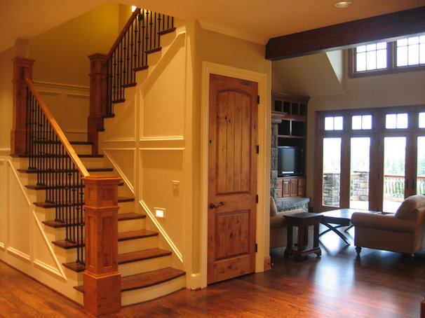 Traditional Staircase by Patrick Schmitt, designer Inc.