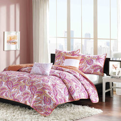 ID-Intelligent Designs - Intelligent Design Jamie 5-piece Coverlet Set - Jamie's pink paisley print will instantly update the look of your bedroom. The different shades of pink with subtle splashes of white create a good balance in color. The reverse is a soft orange adding another pop of color to this coverlet.
