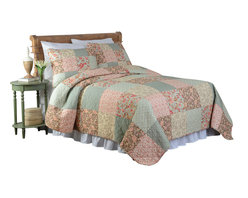 Pem America - Channing King Quilt with 2 Shams - Classic patchwork quilt and a standard block design with patches of floral prints in red and green shades. Includes 1 king size quilt 104x90 inches and 2 pillow shams 20x26 inches. Pieced 100% cotton face cloth.  Microfiber reverse cloth. 95% cotton / 5% other fiber fill. Prewashed for softness. Machine washable.