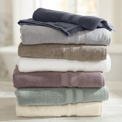 Pb Organic 600-Gram Weight Bath Towels - Pure organic cotton from Turkey is densley woven to create towels that are luxuriously soft and absorbent.