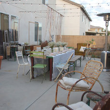 Eclectic  HOUZZ Holiday Contest: A Pretty Backyard Party