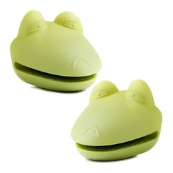 PRIME PACIFIC - Kitchen Kritters Silicone Frog Pot Holders (Set of 2) - End your search for the perfect white elephant gift or just add some farm fun to the kitchen. These Kitchen Kritters pot holders are pliable, durable and cute.