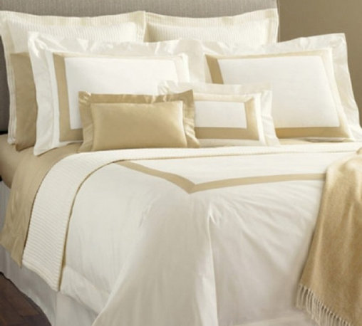 Orlo 100% Cotton Duvet Cover - Sharp and Modern. Take smooth Italian-woven 100% Egyptian cotton percale and combine with an inset of contrasting Italian-woven 100% Egyptian cotton sateen. The result is a bed ensemble that is sharp and modern, just right for any room