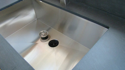 Contemporary Kitchen Sinks by SeamlessSink