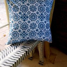 Grande Stars Hand Block Printed Throw Pillow by aalamwaar on Etsy