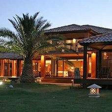 Bali exterior 2.jpg