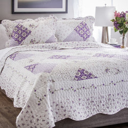 None - Slumber Shop Wilmington 3-piece Reversible Quilt Set - Stay warm this winter while adding a classic look to your home with this lilac and floral patchwork quilt.