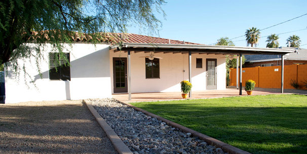 Contemporary Exterior by The Ranch Mine