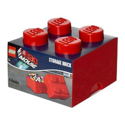 LEGO - LEGO MOVIE Storage Brick 4, Bright Red - Tidy up with a symbolic object of your childhood with our LEGO Movie Storage Brick 4 in Bright Red. The chaos will never again reign in your house (or in the childrens bedroom) with these playful and flexible arrangements. Capable of containing toys or anything that crosses your mind.. You can also assemble them as their smaller illustrious companions to form real buildings.