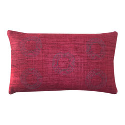 Jiti - Matka Center Red - Jazz up your home decor with our Matka Center Red!  Made from 100% Silk. Invisible Zipper. DRY CLEAN ONLY. Insert is made of 95% feathers and 5% down.