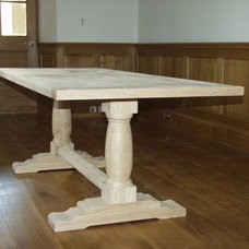 traditional dining tables by Britannia Joinery