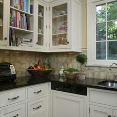 Traditional  by Trish Namm, Allied ASID - Kent Kitchen Works