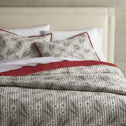 Winterberry Quilts and Pillow Shams -
