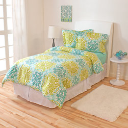None - Catalina Ivy Union Twin XL 2-piece Comforter Set - A turquoise and macaw green damask pattern bring tropical flair to any girl's room or dorm with this captivating twin XL comforter and sham set. Crafted with a baffle box design,this hypoallergenic down alternative bedding provides all-season warmth.