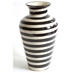 contemporary vases by Emilia Ceramics