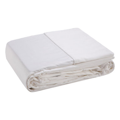 Organic Pure Bamboo Bondi California/ Western King Size Sheet Set - Our bamboo sheets are one of the softest, most comfortable bedding options around. Equivalent to around 1000 thread count in cotton, they are simply softer than other sheets and more comfortable to sleep. They also have naturally antibacterial properties, making them great for anyone with sensitive skin or allergies. Bamboo's absorbency allows it to wick sweat away from the body, keeping you cool in summers and warm in winter. Products manufactured in China.