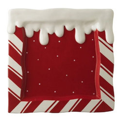 Peppermint Icing Candy Christmas Serving Tray - Set this tray on the bedside table and fill it up with cookies and some fruit. Nothing is worse than having your guests scrounging your fridge in the middle of the night.