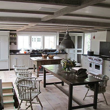 Open-Space-Kitchen-Dining-Room-with-Low-Ceiling.jpg