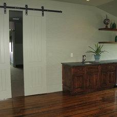 Beach Style Family Room by Alison Baker Interior Design