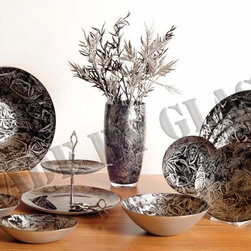 Made By Glass - Private Label Works - Black and Silver comes together on this SilverBlack Set...