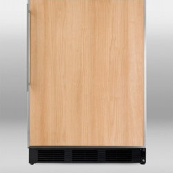 "Summit - BI541B 24"" 5.1 cu.ft. Built-in Capable Cycle Defrost Compact Refrigerator  Zero - SUMMIT PROFESSIONAL BI541B brings advanced cooling technology to built-in undercounter refrigerator-freezers This large capacity unit uses SUMMIT39s own dual evaporator system to separately cool the refrigerator while keeping the freezer chilled at z..."