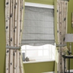 Curtains & Draperies of Indianapolis- Custom Styles at Affordable Prices - This is a picture pleated draperies with a solid color seamed on the edges.  This is a great design to add visual interest to your drapes.