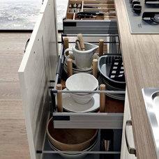 Contemporary  by EVAA Home Design Center