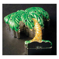 "Godinger Silver - Small Palm Tree Trinket Box - Small and precious, this palm jewelry box will let you store your jewelry in an elegant fashion. Do justice to your jewelry with this dazzling jewelry box. It also adds definition anywhere its displayed. Welcome this trinket box part of your palm tree collection or give it as a gift for your loved one. Measures approx: 1"" high, 4"" x 7""."
