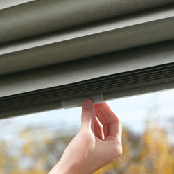 Solera Soft Shades - Solera Shades feature Hunter Douglas lifting systems which are cordless and have internal lift cords. In fact, there are three different lift systems so you can choose the one that suits your lifestyle.