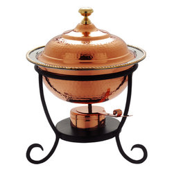 Round Stainless Chafing Dish - Decor Copper - This Round Stainless Steel Chafing Dish from Old Dutch International is a rugged, stainless steel chafing dish that adds a touch of style and elegance to any dinner party, brunch, or family gathering. Featuring elegant decor copper plating and a stylish curved steel frame, this Old Dutch chafing dish set includes adjustable fuel holders which allow you to control the temperature of your the dishes in your buffet.