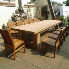 Traditional Outdoor Dining Tables by Essex House Fine Cabinets