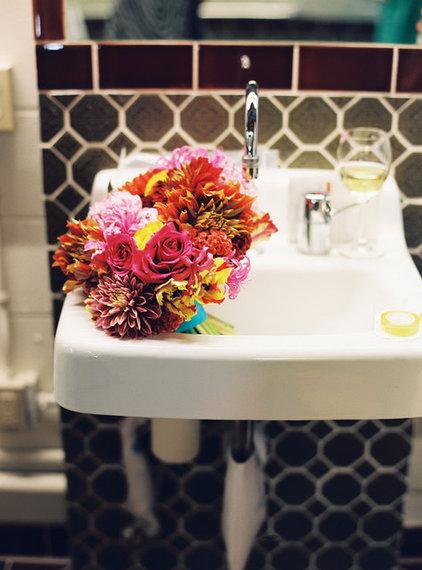 Contemporary  Fall bouquet