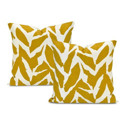 EFF - Sahara Desert Cotton Pillow Cover (Set of 2) - Decorate your home in contemporary style with these Sahara Desert pillow covers. Crafted with soft cotton,these square pillowcases feature a contemporary goldtone pattern on an ivory background,closed with a charming envelope button design.