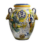 Artistica - Hand Made in Italy - MAJOLICA: Extra large orcio Montelupo ''CORNUCOPIA:'' - MAJOLICA Collection: This masterpiece truly reflect the expertise of the Italian Mastri-Ceramisti, who have spent the last five centuries perfecting the tin-glazed earthenware that is today called Majolica.