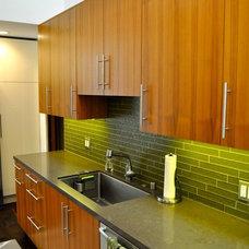 Contemporary Kitchen by Semihandmade