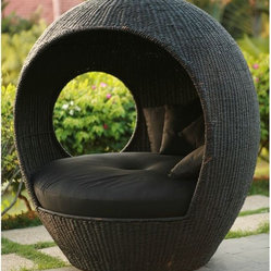 Melon Outdoor Wicker Pod Chair