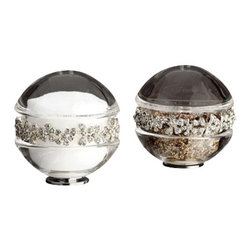 L'Objet - L'Objet Platinum Garland Salt & Pepper Shakers w/Swarovski Crystals Set of 2 - L'Objet is best known for using ancient design techniques to create timeless, yetdecidedly modern serveware, dishes, home decor and gifts. Platinum Plated. Lead-Free Crystal. Swarovski Crystals In White. Luxuriously Gift Boxed. Attention to detail isoften what distinguishes any presentation from beautiful to memorable. These spice jewels will enrich any decor with their distinguishable handcrafteddetails. Set of 2