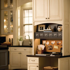Traditional Kitchen by Eleet Fine American Cabinetry