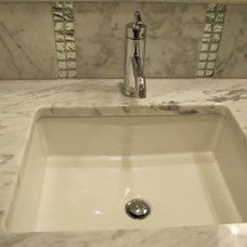Traditional Bathroom Sinks by Distinctive Homes by J&K Properties, Inc.