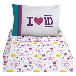 Jay Franco and Sons - One Direction Twin Bed Sheet Set 1D Patchwork Bedding - FEATURES: