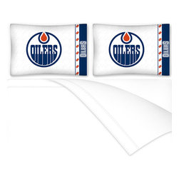 Sports Coverage - NHL Edmonton Oilers Queen Bed Sheet Set Hockey Bedding - Features: