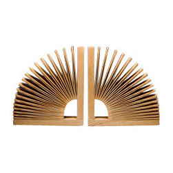 ecofirstart - Abanico Bookends - No longer will your books languish on the shelf — these stunning bookends just beg to be touched, and your books will reap all the benefits. Invite introspection with these stunning bookends, crafted out of sustainable wood.