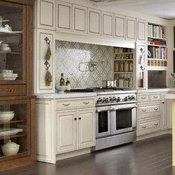 G Shaped Kitchen Layouts