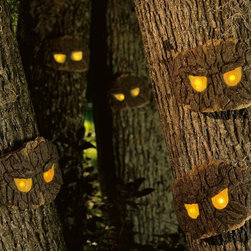 Decorative Halloween Scary Tree Eyes -