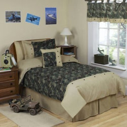Sweet Jojo Designs - Sweet Jojo Designs Camo Comforter Set in Green - The Green Camo collection from Sweet Jojo Designs brings a military-inspired motif to your child's room.